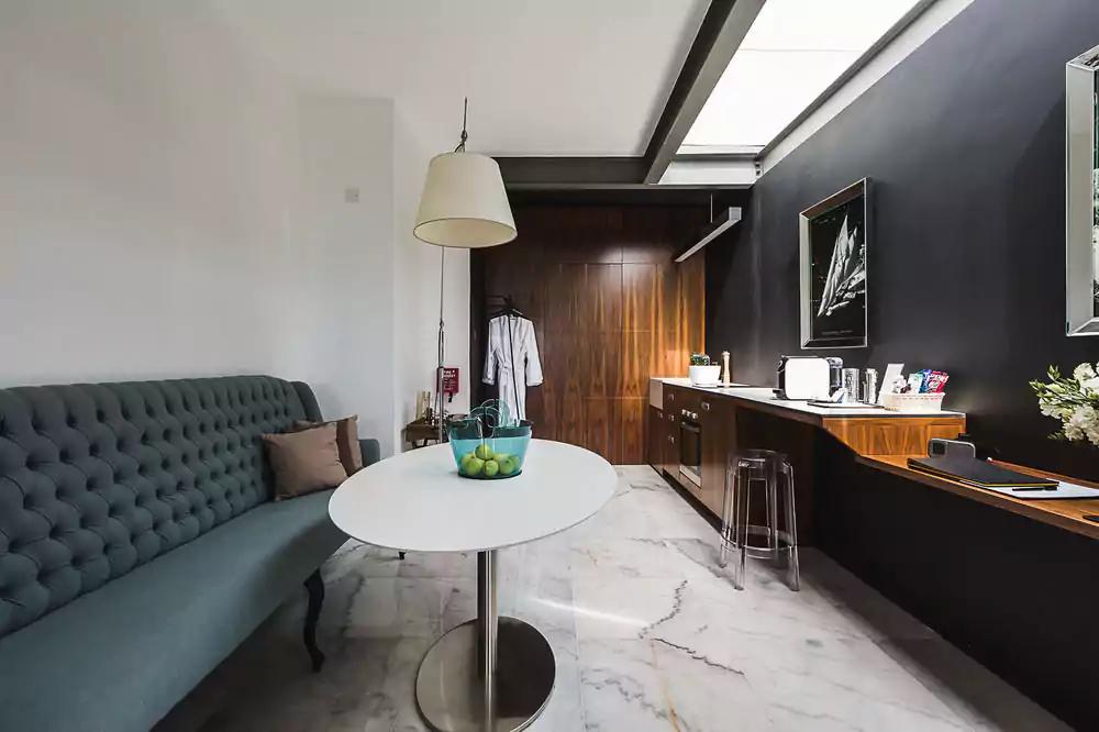 SU29 hotelværelse med køkken