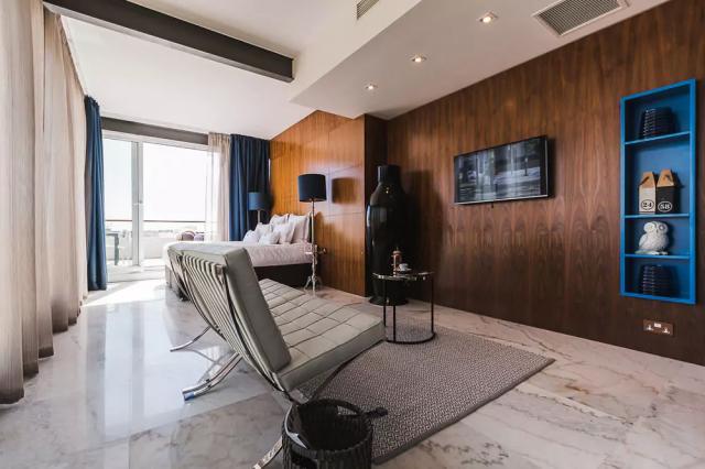 SU29 hotelværelse med tv